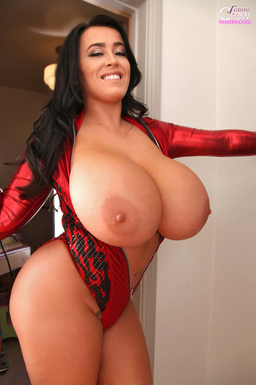 boobs Big tits crow busty leanne